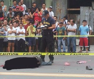 Traffic enforcer allegedly kicks decapitated head of road