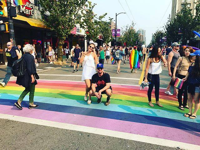 arrow star shuts down homophobes online