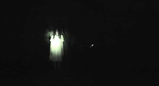White lady at Balete Drive rumored to be haunting taxi drivers.